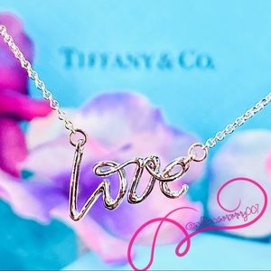 NWOT Tiffany & Co. Paloma's Graffiti Love Pendant